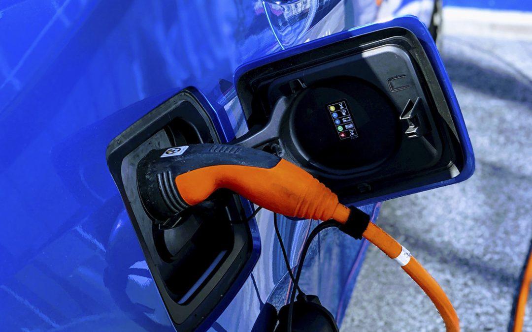 El gran problema del coche eléctrico: ¿qué hacemos con las baterías al final de su vida útil?